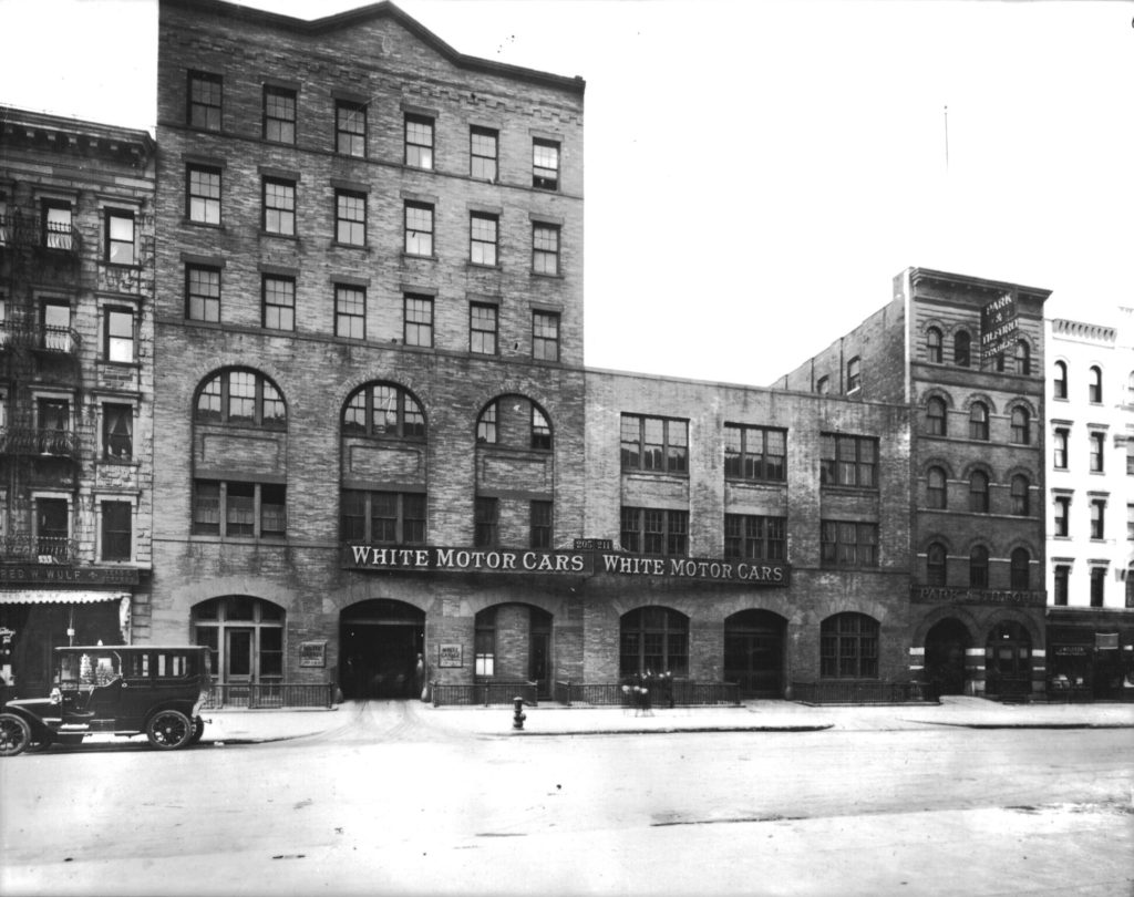 motor_car_garage_nyc_c1910_preview
